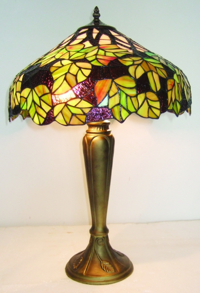 Maple Leaf In Green Tiffany Table Lamp Collection